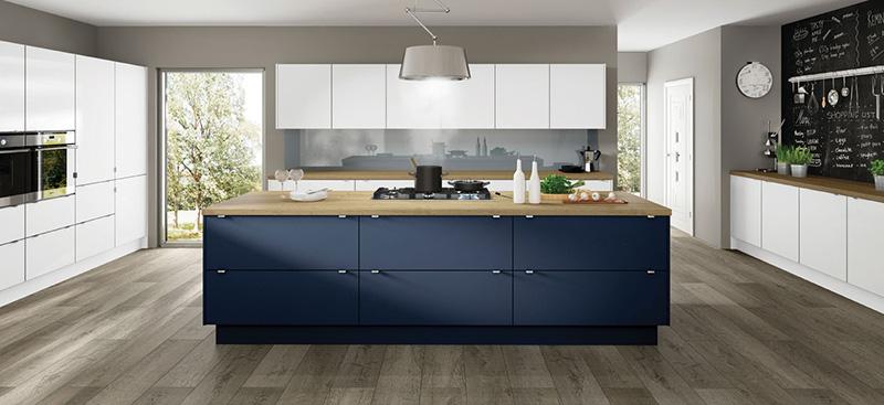 Modern, contemporary kitchen Long Eaton, Nottingham. Scandinavian design, plywood edging. timber kitchen worktop.